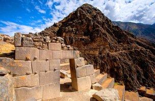 Sacred Valley Ollantaytambo Ruins-001