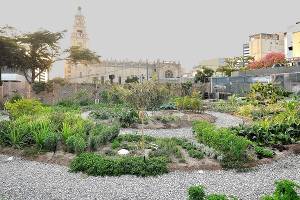 "Astrid & Gaston's ""Eden"" at the Casa Moreyra in Lima"
