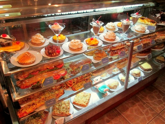 Boulangerie de Paris, Machu Picchu - The Only Peru Guide