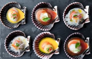 Restaurants In Miraflores - six entree served options on scallop shells at Rafael