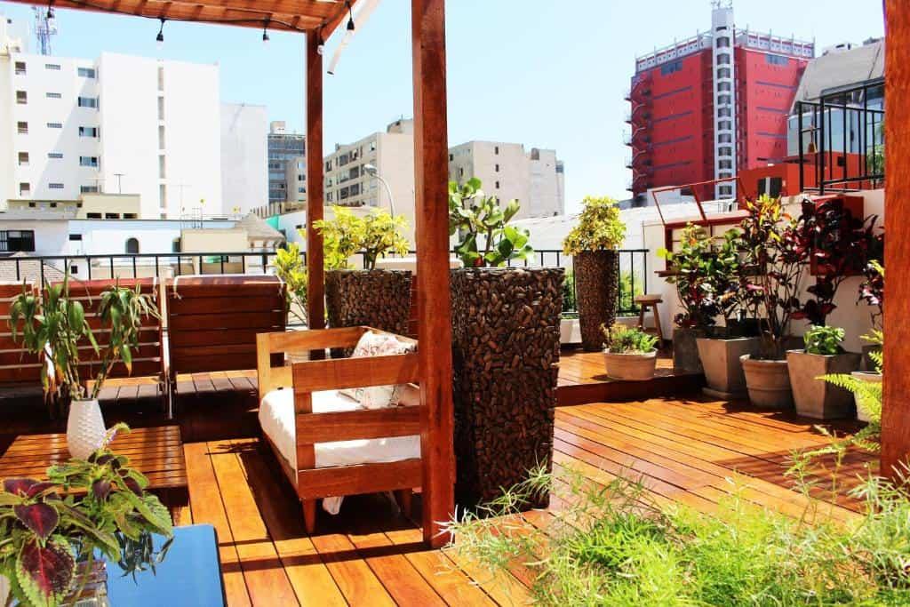 lima hotels - casa del viajero sun deck