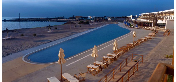 The hostels of Paracas Peru treat travels to some of the best views around